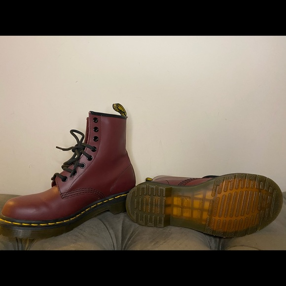 doc martens air cushioned sole